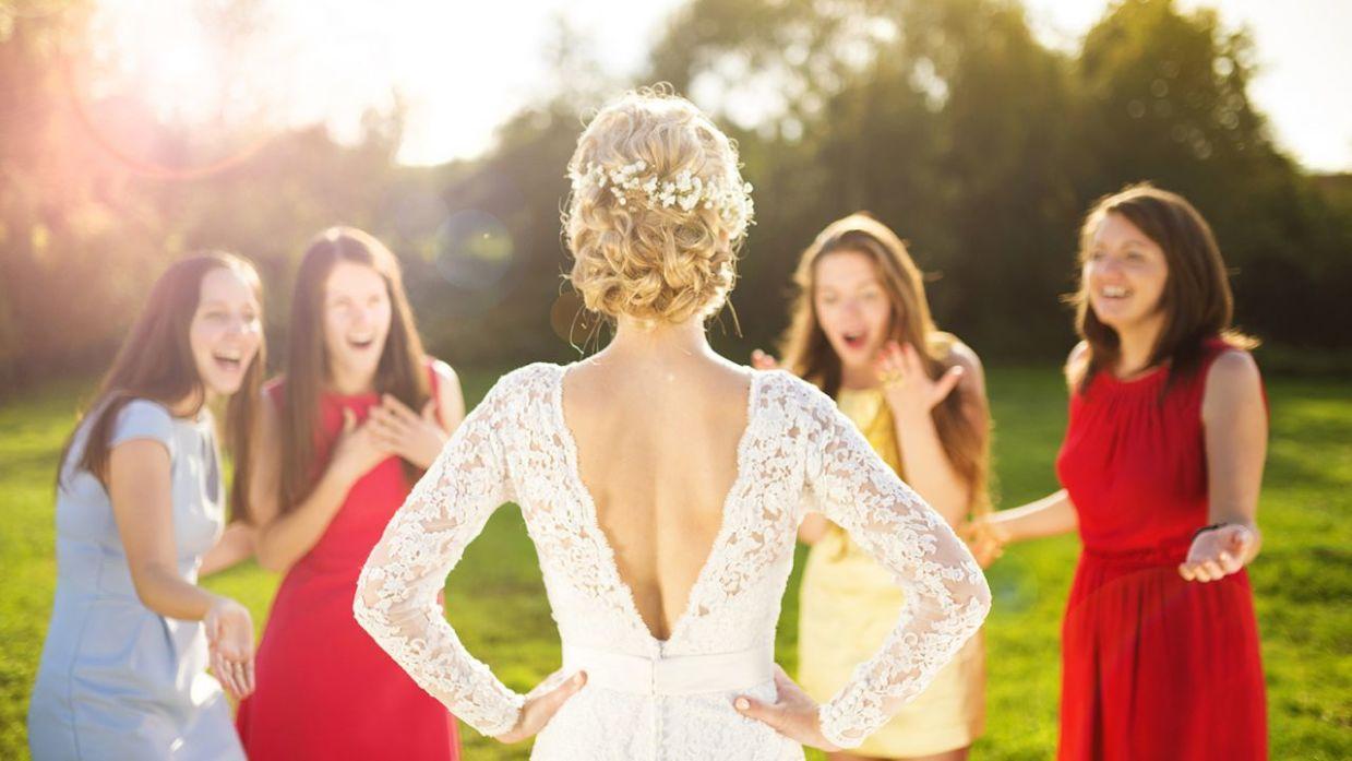 01d0ecc92 8 consejos para invitadas de boda - Hogarmania