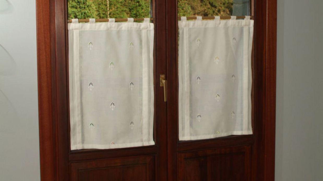 4fa833d6 Colocación de visillos en ventana - Bricomanía