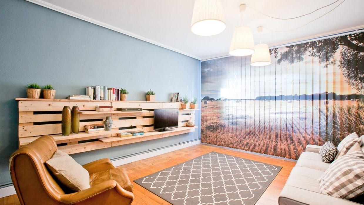 Salón sencillo y natural con mueble de palets - Decogarden